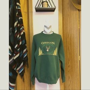 •Vintage 90s/ Oregon Deer Sweatshirt•
